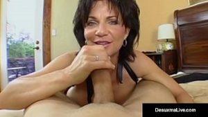 Madame veut du sexe totalement agressif avec un jeune puissant qui baise bien