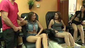 Première Pâques de 5000 Euro et sexe chaud au salon de massage