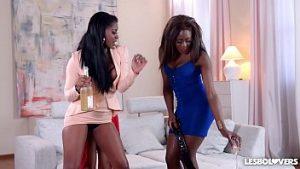 Vidéos pornos gratuites de lesbiennes noires
