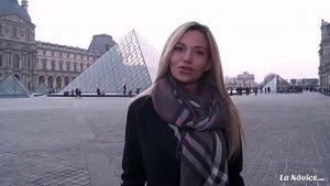 Une Blonde Russe Au Casting Fait Du Sexe Pour De L'argent