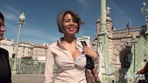 Paloma à Bucarest a des relations sexuelles pour de l'argent